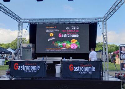 Ecran Rental Festival de la Gastronomie QUINTIN
